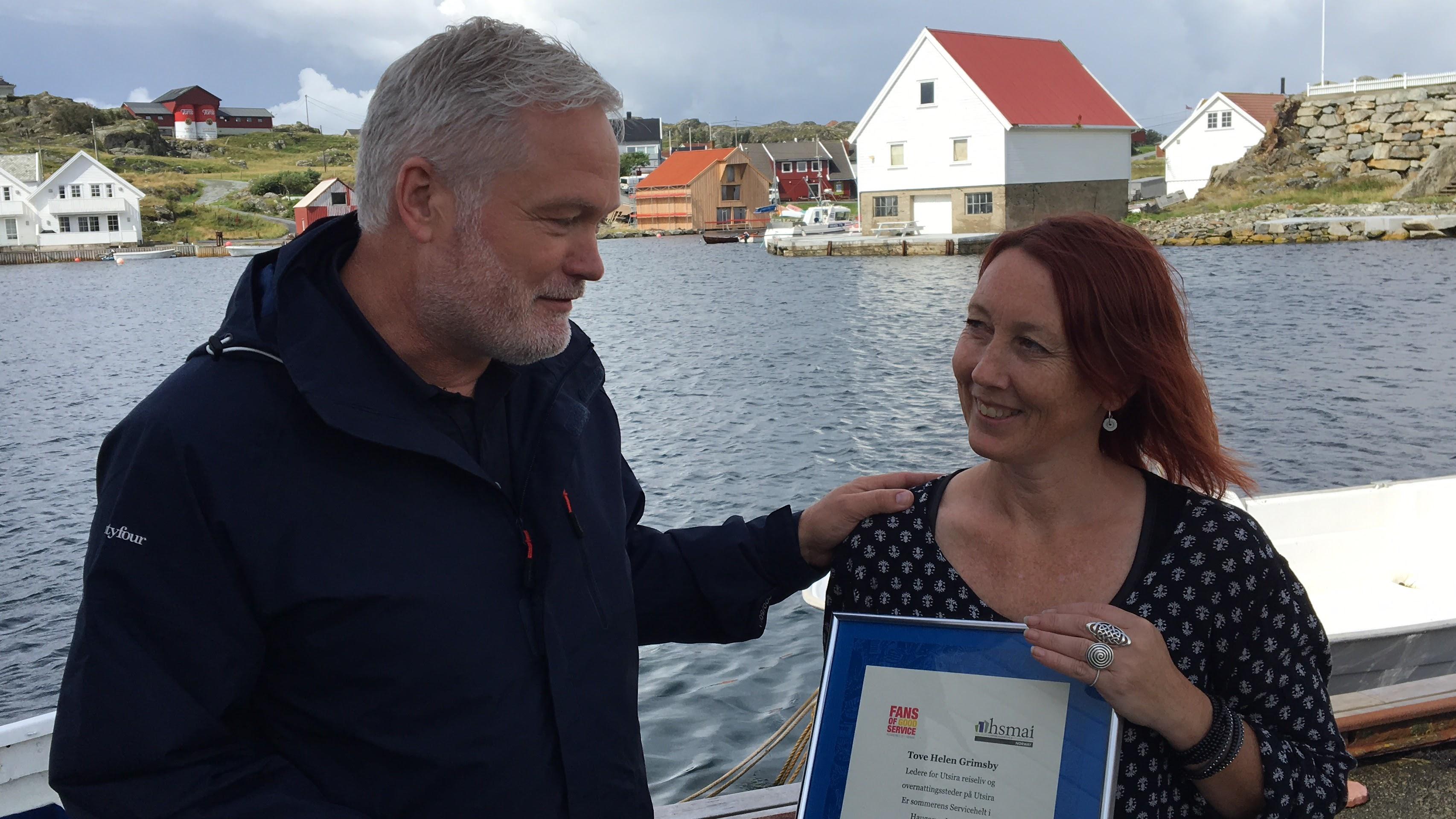 Reiselivsdirektør Vigleik Dueland i Destinasjon Haugesund og Haugalandet sammen med Tove Helen Grimsby fra Utsira